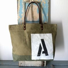 Unknown date US ARMY vintage canvas remake tote bag.This is not so heavy canvas. IND_BNP_00108_US ARMY W50cm H32cm D14cm Handle47cm