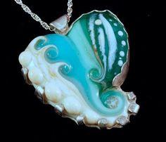 Beach Heart Amulet Mary Jarvis These are so gorgeous! Sea Jewelry, Nautical Jewelry, Stone Jewelry, Jewlery, Jewelry Box, Jewelry Making, Nice Jewelry, Jewelry Ideas, Jewelry Bracelets