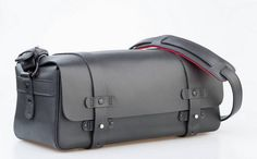 Picture perfect: Bill Amberg's #Leica collaboration The leather goods specialist applies his deft hand to a camera bag for photography brand Leica. Bill Prince takes a look