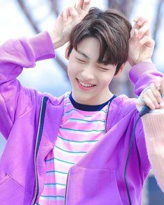 Read Choi Soobin (Reason Why) from the story K-POP idol [oppa x OC] (NC++🌚) by sadphoria__xxv (imyourmood😚) with reads. K Pop, Rapper, The Dream, Pop Idol, Imagines, K Idols, South Korean Boy Band, Pop Group, Foto E Video