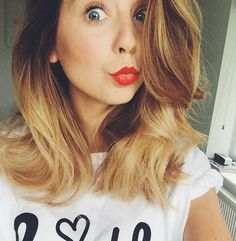 Whether Zoella is on a date with Alfie, or attending the launch of her book, Zoe Sugg (aka Zoella) always has great hair. She has done long hair,