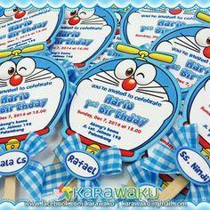 Resultat d'imatges de doraemon invitation card Birthday Invitations Kids, Party Invitations, Birthday Cards, Birthday Decorations, Birthday Party Themes, Theme Parties, Doraemon, Anime Fnaf, Baby Party
