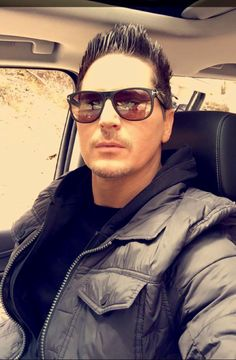 Zak bagans beautiful