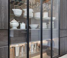 505 Wall System - Molteni&C Crockery Cabinet, Curio Cabinets, Glass Cabinets, Display Cabinets, China Cabinets, Kitchen Interior, Kitchen Design, Glass Kitchen, Cabinet Design