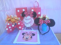 CraftTini: DIY Minnie's Bow-tique Birthday Party Supply & Decoration