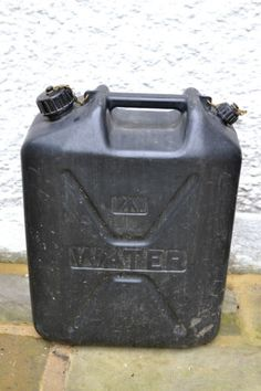 British-Army-20L-Jerry-Can-Water-Can-Storage-Container-Hard-Plastic-Construction