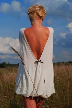 Long Sleeve Open Back Dress. Really kinda like this!