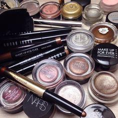 #Shiseido Shimmering Cream Shadows #Benefit Creaseless Cream Shadows #MakeUpForEver Aqua Paints and Aqua-Matics #LauraMercier Caviar Sticks #BobbiBrown Long Wear Cream Shadow Sticks