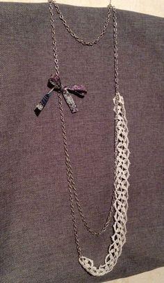 Sautoir dentelle crochet et noeud liberty