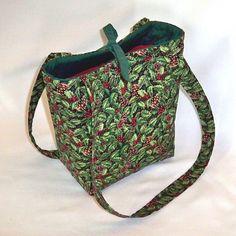 Holly Berry Tote Bag Christmas Purse Green Holiday Handbag Teen Purse  Berries Pinecones Small Shoulder Bag 57bac288e8bde