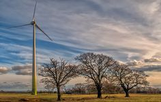 Time-Lapse Shows 100-Meter Wind Turbine Going Up In Just One Minute
