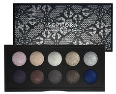 LOVE the sexy smokey eye this palette gives check out @Cara Brook for tutorials <3