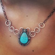 Wire statement necklace handmade,copper necklace wire ,turquoise wire jewelry, blue wire necklace,handmade wire collar, wire wrapped stone
