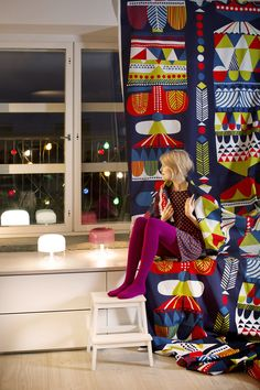 Marimekko A/W 2014 - strong solid colour Textiles, Textile Patterns, Print Patterns, Scandinavian Fabric, Scandinavian Style, Marimekko, Scandinavia Design, Nordic Style, Surface Pattern Design