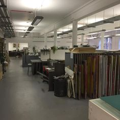 Back on the screen printing. Been a while. My new studio looks pretty kitted out. #glasgowprintstudio #screenprint #glasgow #printing