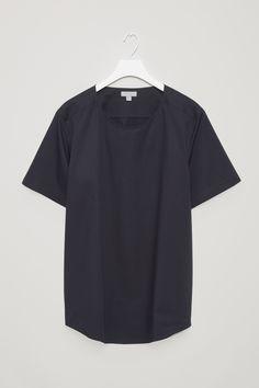 COS | Oversized boucle t-shirt