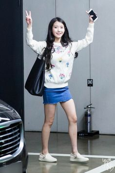 Pin Image by Best Traveling Korean Airport Fashion, Korean Girl Fashion, Iu Fashion, Fashion Outfits, Fashion 2015, Fashion Black, Fashion Ideas, Airport Style, Airport Outfits