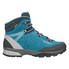 Lowa women& trekking shoes Sassa Gtx® Mid Ws, size 37 ½ in .- Lowa Damen Trekkingsschuhe Sassa Gtx® Mid Ws, Größe 37 ½ in Grau LowaLowa Lowa women& trekking shoes Sassa Gtx® Mid Ws, size 37 ½ in gray LowaLowa - Camping Outfits For Women, Women Camping, Stilettos, Sneaker Pink, Trekking Shoes, Camping Style, Designer Heels, Fashion Shoes, Ankle Boots