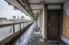 Photos of London's Threatened Public Housing - VICE Council Estate, Council House, London Architecture, Urban Architecture, Architect Sketchbook, Building Photography, Social Housing, London House, Abandoned