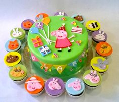 Peppa Pig Cake & Cupcake Set Peppa Pig Cake & Cupcake Set Place some Pig Cupcakes, Cupcake Cakes, Peppa Pig Birthday Cake, 3rd Birthday, Tortas Peppa Pig, Peppa Pig Party Supplies, Sheep Cake, Cute Cakes, George Pig Cake