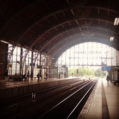 If this would be New York City this beautiful railroad station would be world famous. #Hamburg #Dammtor #building #architecture #steelstructure #steel #railroadstation #sightseeing #instabuilding #instahamburg #ilovehh #weshowhh