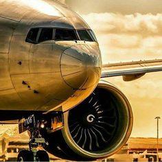 Boeing 777 Unpainted