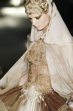 Franck Sorbier Haute Couture Detail