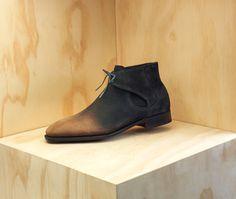 Decon Chelsea Boots