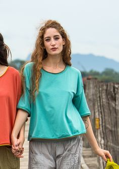 Tops – GUDRUN SJÖDÉN – Webshop, mail order and boutiques | Colourful clothes and home textiles in natural materials.