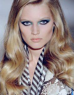 ♥: Photo Toni Garrn, Game Of Thrones Characters, Make Up, Makeup, Beauty Makeup, Bronzer Makeup
