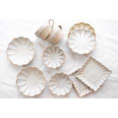 Ceramic Plates, Porcelain Ceramics, Ceramic Pottery, Pottery Art, Ceramic Art, Pottery Handbuilding, My Art Studio, Japanese Ceramics, Dry Clay