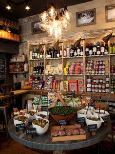 168_restaurant_car_IMAGE.jpg 417×557 pixels