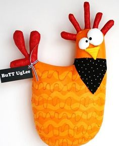 Chicken named KernaLL .BuTT UgLee Orange with by buttuglee Chicken Names, Chicken Crafts, Chicken Art, Felt Crafts, Easter Crafts, Diy And Crafts, Fabric Toys, Fabric Art, Fabric Animals