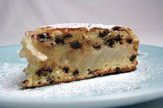 Gâteau moelleux aux pépites de chocolat et aux poires : la recette facile