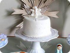 Resultado de imagem para bolo de batizado com espirito santo