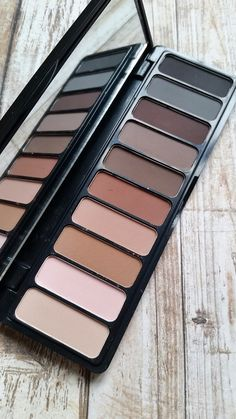 ELF Mad For Matte Eyeshadow Palette Review