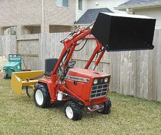 Do-it-yourself CAD Plans by P. Loaders, Backhoes for garden tractors, log splitters. Sample pictures and videos of those. Simplicity Tractors, Small Garden Tractor, Cub Cadet Tractors, Garden Tractor Attachments, Allis Chalmers Tractors, Tractor Loader, International Tractors, Compact Tractors, Small Engine