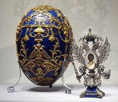 """The """"Tsarevich"""" Fabergé Egg: Presented by Nicholas to Alexandra in 1912.Искажение ГЕРБА-НЕСЕТ СМЕРТЬ И ФОТО не должно быть НЕТ МЕСТА И Романовым .. то место ВТОРОЙ МЕССИИ БОГА ДЕВИЦЫ ПРАВОСЛАВНОЙ С ВОСТОКА рождена 20 авг 1964 ЕЛЕНА SVE SEV что откроет БОГ позже в 21 веке всем 21 ИЮЛЬ 2012 .. и за осквернение святого МЕСТА БОГА занявшего место ВТОРОЙ МЕССИИ БОГА ЕЛЕНЫ SVE SEV то наследника и всех Романовых настигла СМЕРТЬ . это еще раз всем КТО ХОЧЕТ УКРАСТЬ У МЕССИИ БОГА тот находит свою…"""