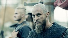 """Love """"The Ragnar Look"""" .a little quirky and different, resulting in deadly and dangerous Vikings Show, Vikings Season 4, Vikings Tv Series, Travis Vikings, Vikings Travis Fimmel, Viking Life, Viking Warrior, Ragnar Lothbrok Vikings, Viking Character"""