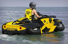 ATV/Jet ski Living by the lake, this makes perfect sense! I sooo want one or two! Cars 1, Hot Cars, Design Transport, Atv Exhaust, Automobile, Amphibious Vehicle, Futuristic Cars, Search And Rescue, Jet Ski