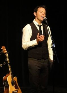From the Byrne and Kelly tour 2014... https://www.facebook.com/byrneandkelly http://www.byrneandkelly.com/