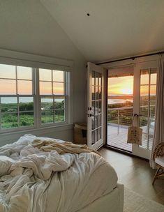 ☼ 𝚙𝚒𝚗𝚝𝚎𝚛𝚎𝚜𝚝 𝚎𝚕𝚎𝚗𝚊𝚟𝚒𝚕𝚊𝚊 ☼ Room Ideas Bedroom, Bedroom Inspo, Bedroom Decor, Bedroom Signs, Bedroom Rustic, Bed Room, Dream Apartment, Bedroom Apartment, Dream Home Design