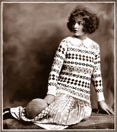 Free pattern: Woman's patterned sweater. ( made in the 1920's before the war and therefore it has the debated symbol, read the description on the site!)