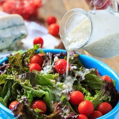 Blue Cheese Vinaigrette - a thick vinaigrette with plenty of blue cheese flavor but none of the heaviness of a creamy dressing. Milk Recipes, Vegetarian Recipes, Cooking Recipes, Healthy Recipes, Ginger Salad Dressings, Salad Dressing Recipes, Salad Recipes, Blue Cheese Vinaigrette, Steak And Ale