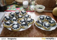 Zakysané lívanečky recept - TopRecepty.cz Something Sweet, Cereal, Food And Drink, Sweets, Cookies, Baking, Breakfast, Recipes, Pizza