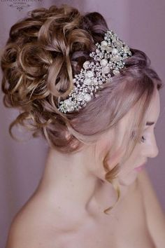 Long wedding hairstyles and wedding updos from Websalon Weddings 23