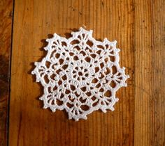 #folksy Crochet lace snowflake christmas tree decoration £2.00