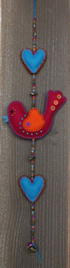 Felt bird decoration  Darkpink and orange van StudioSimone op Etsy, €20.00