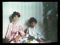 1910: An innocent Edwardian childhood in color