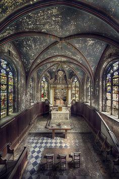 Chapel R. by kleiner uRbEx hobbit, via Flickr    Abandoned